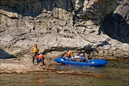 Сплав по реке Ния-Ю на Полярном Урале